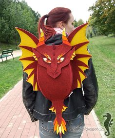 Red Dragon - oryginal felt backpack