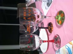 """Wine glass decorating - """"thankful this glass is full"""" thanksgiving glass"""