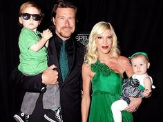 Tori Spelling and fam