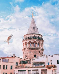 Galata Tower, Istanbul – Come to Istanbul – Ansicht City Aesthetic, Travel Aesthetic, Istanbul Travel, Istanbul City, Samsung Galaxy Wallpaper, Islamic World, Landscape Pictures, Blog Voyage, Hagia Sophia