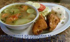 Aunque la receta para hacer Sopa de Pollo la saben todas las madres Salvadoreñas, quizas hayan algunas personas que quisieran hacerla por si mismas y aqui se las comparto.