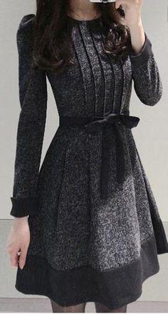 Elegant Women's Jewel Neck Long Sleeve Color Block Worsted Dress