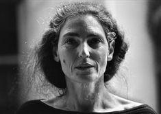 Benedetta Barzini is an Italian actress and model born in Italy in Carmen Dell'orefice, Twiggy, Pretty People, Beautiful People, Beautiful Women, Foto Face, Jean Shrimpton, Foto Portrait, Peinados Pin Up