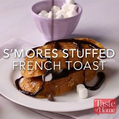 S'mores Stuffed French Toast Recipe a sweet breakfast Breakfast Casserole French Toast, Breakfast Recipes, Dessert Recipes, Breakfast Toast, Breakfast Ideas, Nutella Breakfast, Sweet Breakfast, Yummy Treats, Delicious Desserts