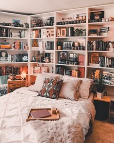 Room Ideas Bedroom, Home Bedroom, Bedroom Decor, Bedrooms, Library Bedroom, Aesthetic Room Decor, Cozy Room, Home And Deco, Dream Rooms