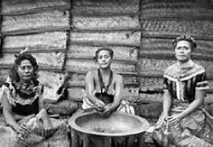 Samoa ladies preparing kava, 1910