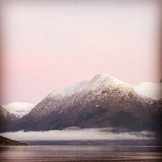 From my Window Mount Rainier, Window, Mountains, Nature, Travel, Naturaleza, Viajes, Windows, Destinations
