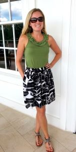 5 Bloggers from @Stitch Fix. Love this outfit! I have a similar skirt from Banana Republic's Milly collection from over the Summer.