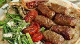 İNEGÖL KÖFTE TARİFİ Taco Pizza, Kebabs, Turkish Recipes, Homemade Beauty Products, Sausage, Health Fitness, Beef, Food, Wordpress Theme