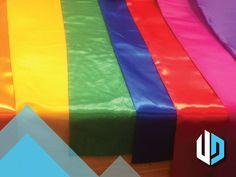 Heb je een feestje dat wel wat kleur kan gebruiken? In ons assortiment vlaggen, layherdoeken en oliedrums in alle kleuren van de regenboog.