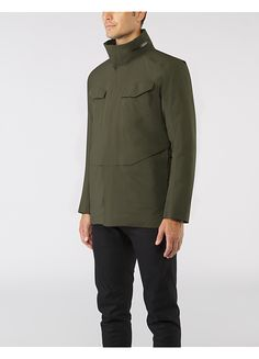 Field IS Jacket Men's A trademark Veilance piece that is fully waterproof, providing maximum weather protection in a stylish militaristic design.