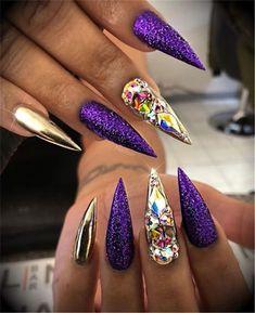 trendy and unique stiletto nail art designs; Bling Stiletto Nails, Fancy Nails, Trendy Nails, Nail Art Designs, Acrylic Nail Designs, Acrylic Nails, Nails Design, Coffin Nails, Beautiful Nail Designs