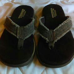d2b1be87ec62 Men s Sketchers flip flop  sandals Nwot Skechers Shoes Sandals