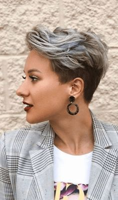 14 Amazing Pixie Haircut You Can Try Now Pixie Haircut For Round Face Amazing Haircut Pixie Pixie Haircut For Round Faces, Messy Pixie Haircut, Long Pixie Hairstyles, Haircut For Thick Hair, Short Pixie Haircuts, Short Hairstyles For Women, Short Hair Cuts For Women Edgy, Hairstyles Haircuts, Beach Hairstyles