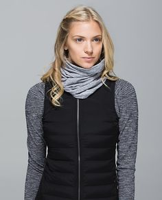 Run With Me Neck Warmer | Mini Check Pique White Heathered Black