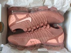 the latest 5864f 26b78 New Nike Vapormax Flyknit Womens Size 8 Rust Pink With Box Running Shoe