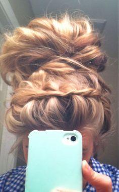 Messy bun, braid