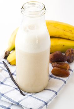 Banana Date Milk -- [gluten-free, dairy-free, vegan, vegetarian, paleo, raw, grain-free, nut-free]