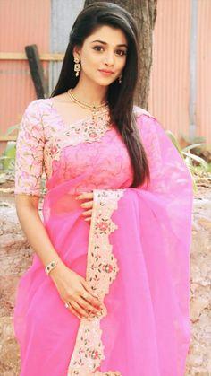 Beautiful Actress Around The World Beautiful Girl In India, Beautiful Girl Image, Beautiful Saree, Indian Wedding Wear, Salwar Kameez, Kurti, Saree Collection, Indian Girls, Stylish Girl