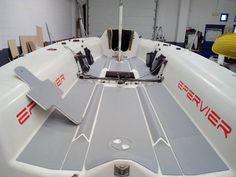 Seadek su Melges 24: ecco la nostra ultima applicazione. Come rendere la barca più bella, comoda e sicura. Contattaci per informazioni o preventivi.