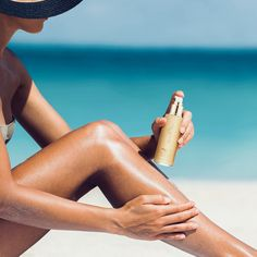 Keep your summer skin hydrated and dewy with HydroPeptide Nourishing Body Glow a moisturizing coconut oil with the natural mineral mica to highlight and shimmer. Shimmer Body Oil, Mobile Spa, Nicole S, Sun Care, Summer Skin, Happy Skin, Beauty Routines, Glowing Skin, Body Care