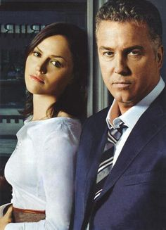 Cutest couple on csi!! Gill and Sara Grissom.