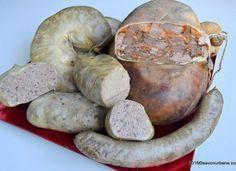 TĂIEM PORCUL – CUM ÎL PREPARĂM? (1) Charcuterie, Fun Cooking, Cooking Recipes, Romania Food, Beef Fillet, Smoking Meat, Pork Recipes, Sausage, Bbq