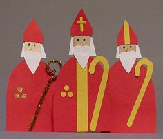 Everyone knows Santa Claus, but how well do your students know Saint Nicholas? Create these Saint Nicholas figures with simple materials, and teach your students about the real life saint and his w… Christmas Nativity, Kids Christmas, Christmas Crafts, Primitive Christmas, Retro Christmas, Country Christmas, Christmas Trees, Diy Christmas Activities, St Nicholas Day