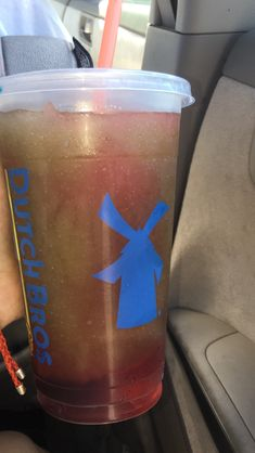 aqua berry w after shook drizzle Dutch Bros Drinks, Bomb Drinks, Shot Glass, Berries, My Love, Tableware, Starbucks, Foodies, Aqua
