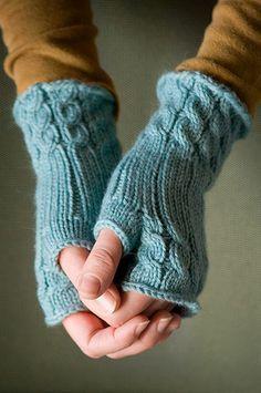 pattern by Cheryl Niamath Knitted Fingerless Mittens seen on Ravelry: Fetching by Cheryl Niamath.Knitted Fingerless Mittens seen on Ravelry: Fetching by Cheryl Niamath. Fingerless Gloves Knitted, Crochet Gloves, Knit Mittens, Knit Or Crochet, Crochet Summer, Crochet Granny, Crochet Baby, Knitting Yarn, Hand Knitting