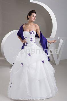 Robe de mariée princesse ornée d´appliques plein longueur en satin et organza avec châle € 208.99