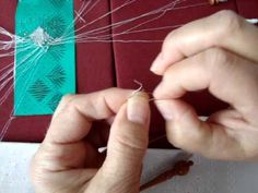 How to make knots in Bobbin Lace - by Frida Schmit