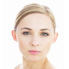 tips for covering dark undereye circles...love the natural make-up look as well