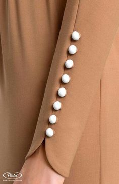 Bat sleeve genuine wool dress tucked by stretchy ribbon belt., Bat sleeve genuine wool dress tucked by stretchy ribbon belt. Bat sleeve genuine wool dress tucked by stretchy ribbon belt. Kurti Sleeves Design, Sleeves Designs For Dresses, Sleeve Designs, Salwar Designs, Blouse Designs, Mode Abaya, Mode Hijab, Hijab Fashion, Fashion Outfits