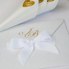 Χειροποίητο Προσκλητήριο Γάμου. Napkin Rings, Wedding Invitations, Container, Decor, Decoration, Wedding Invitation Cards, Decorating, Wedding Invitation, Napkin Holders