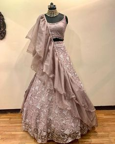 wedding gowns Beautiful Lehenga-Choli with frill dupatta Party Wear Indian Dresses, Gown Party Wear, Indian Fashion Dresses, Indian Wedding Gowns, Designer Party Wear Dresses, Indian Gowns Dresses, Indian Bridal Outfits, Party Wear Lehenga, Dress Indian Style
