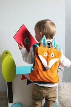 his little fox bag - In my little nest . ♡ Fox backpack More. Baby Couture, Couture Sewing, Sewing Toys, Baby Sewing, Sewing For Kids, Diy For Kids, Baby Baden, Fox Bag, Kids Bags