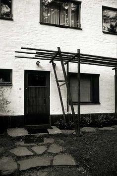 File:Alvar Aalto, Villa Mairea 04.jpg