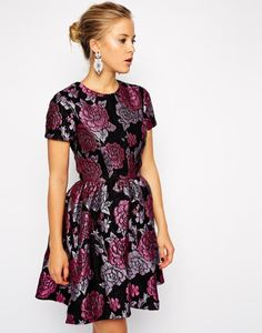Gorgeous Structured Dolly Skater Dress in Floral Jacquard