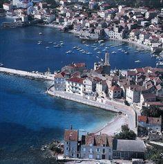 Komiža, island Vis, Croatia