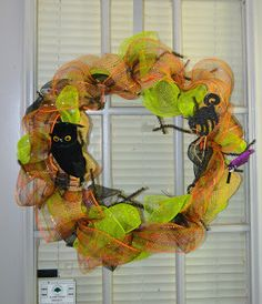 Halloween Wreath ~ Mommiedom