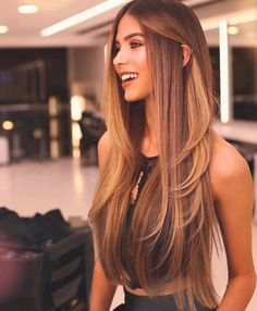 48 Fantastic Brunette Balayage Hair Color Ideas Idee fantastiche per capelli castani Balayage Brunette, Hair Color Balayage, Brunette Color, Hair Color For Brunettes, Blonde Brunette, Hair Highlights, Keratin Hair, Monat Hair, Hair Straightening