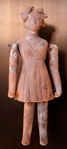 Doll. Terracotta, made in Tarentum (ancient Greek colony, present day Italy) 3rd century BC.