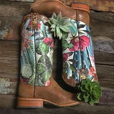 These Tin Haul cowgirl boots are so #cactilicious