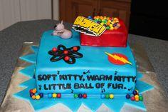 Soft Kitty Song on three sides of Big Bang Theory Cake