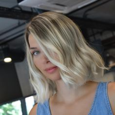 "2,386 Beğenme, 8 Yorum - Instagram'da Cadde Kuaför (@caddekuafor): ""Bebek kumralı renklendirme @mustafaaltay7 #ombre #scwarzkopfprofessional #hair #haircut #color…"""