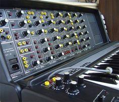 Boehm Soundlab Synthesizer, this looks fantastic! Vintage Synth, Vintage Keys, Lab, Recording Equipment, Studio Gear, Key Photo, Drum Machine, Guitar Tips, Music Images