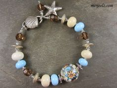Aqua, brown & beachy...like!!