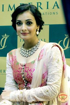 Bollywood actress Dia Mirza launched Imperial Jewelry showroom in Kolkata  http://fashion.sholoanabangaliana.in/bollywood-actress-dia-mirza-launched-imperial-jewelry-showroom-in-kolkata/
