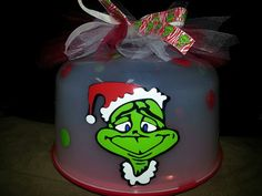 Grinch cake tote →follow←❄☃The Grinch Christmas Party❄☃@ ★☆Danielle ✶ Beasy☆★
